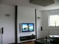 TV-Wand in Weiß und Ebenholz